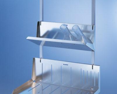 rangement pour 5 bassins de lit avec couvercle mediliance. Black Bedroom Furniture Sets. Home Design Ideas