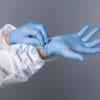 Gants vinyle bleu prévention covid